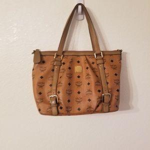Mcm small shoulder bag no sling